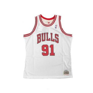 Chicago Bulls Dennis Rodman Mitchell & Ness Home Swingman Jersey 97-98